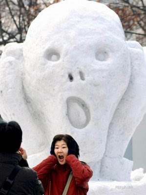 funny-ice-sculptures-scary